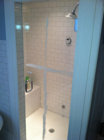 How to Clean Soap Scum From Shower Doors